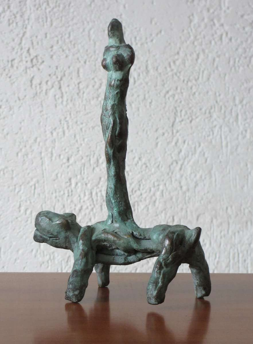 Ad Arma - Animal with figure - Brons - 15x23